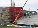 Byla zahájena montáž střechy nové tribuny!